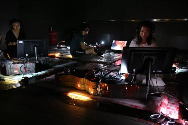 新媒体艺术案例:欢乐宫殿――2019OCT-LOFT创意节