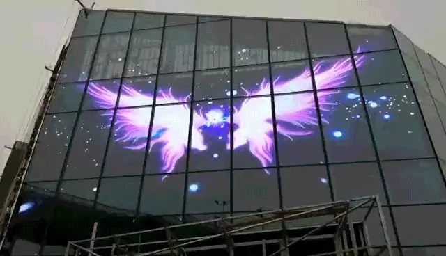 LED透明屏市场的爆发提升了城市颜值