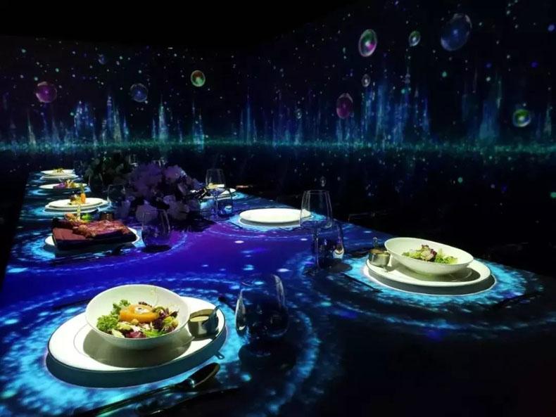 数字餐厅案例:来小与家光影亲子餐厅聆听金池的治愈嗓音