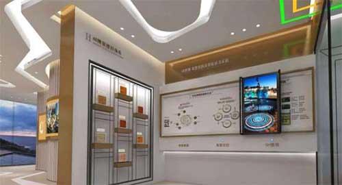 展馆中的互动滑轨屏是什么?